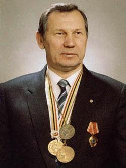 Александр Медведь — знаменитый советский борец вольного стиля.