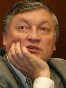 Анатолий Карпов — чемпион мира по шахматам