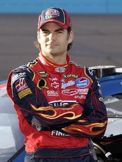 Джефф Гордон — победитель кубка NASCAR