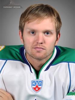 Эрик Эрсберг — шведский вратарь уфимского хоккейного клуба «Салават Юлаев»
