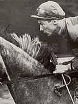 Лестер Кейт Пигготт – известный английский жокей.