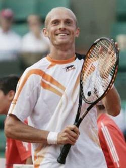 Николай Давыденко — многократный победитель международных спортивных турниров.