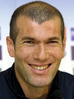 Зинедин Зидан — чемпион мира по футболу.