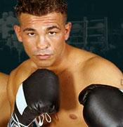 Выдающийся боксер современности Артуро Гатти был найден мёртвым в отеле
