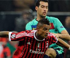 «Милан» в упорной борьбе уступил «Барселоне»