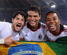 Бразильцы «Милана» зажигают в поезде