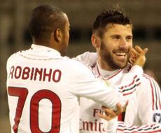 «Милан» берет очки в Кальяри